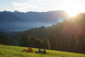 Zelten in freier Natur in den Alpen
