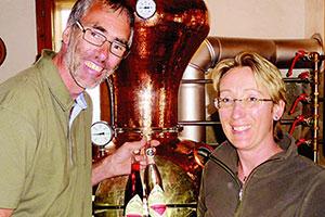 Alpen Österreich Brennkessel Alkohol Desinfektionsmittel
