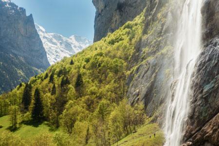 Alpen Schweiz Wasserfall ©Switzerland Tourism